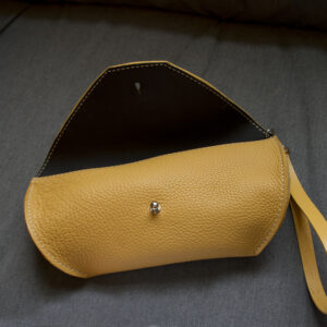 as_bag_ochre_open